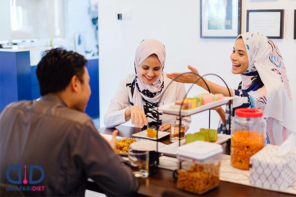 عادات بد غذایی ایرانیان